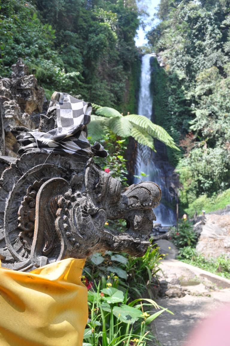 Cascate Git Git, Bali