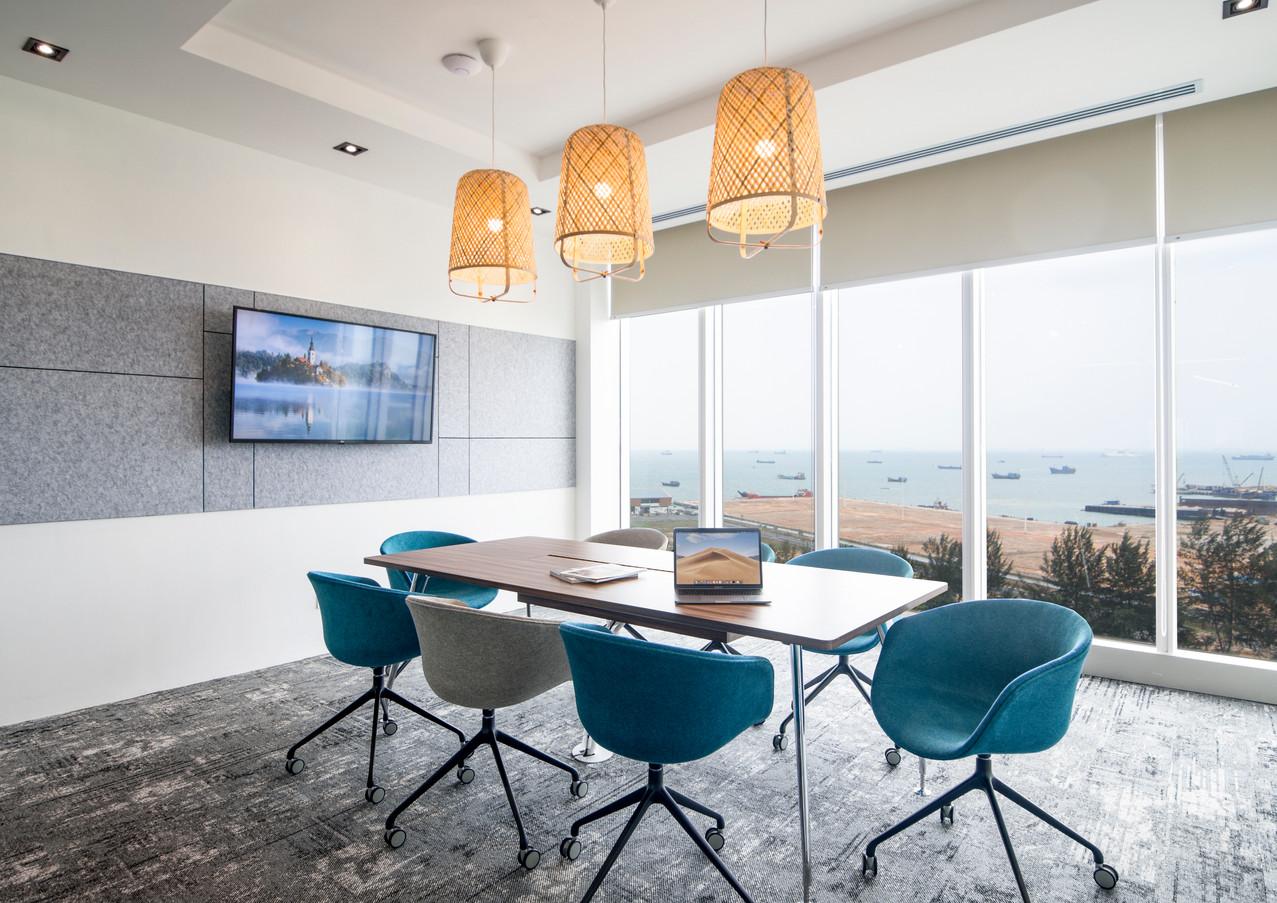 Sanjerdford Meeting Room