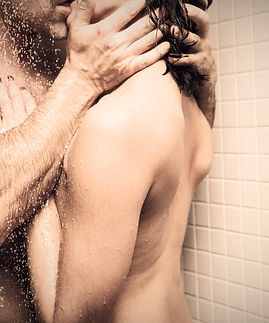 Couple%20in%20shower_edited.jpg