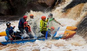Сплав по реке Укса в Карелии. Порог Розовый слон.