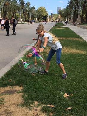 Kinder Drachen 2.jpg