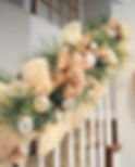Neutral garland