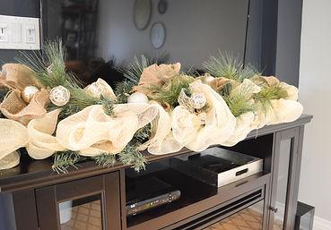 Mantle garland
