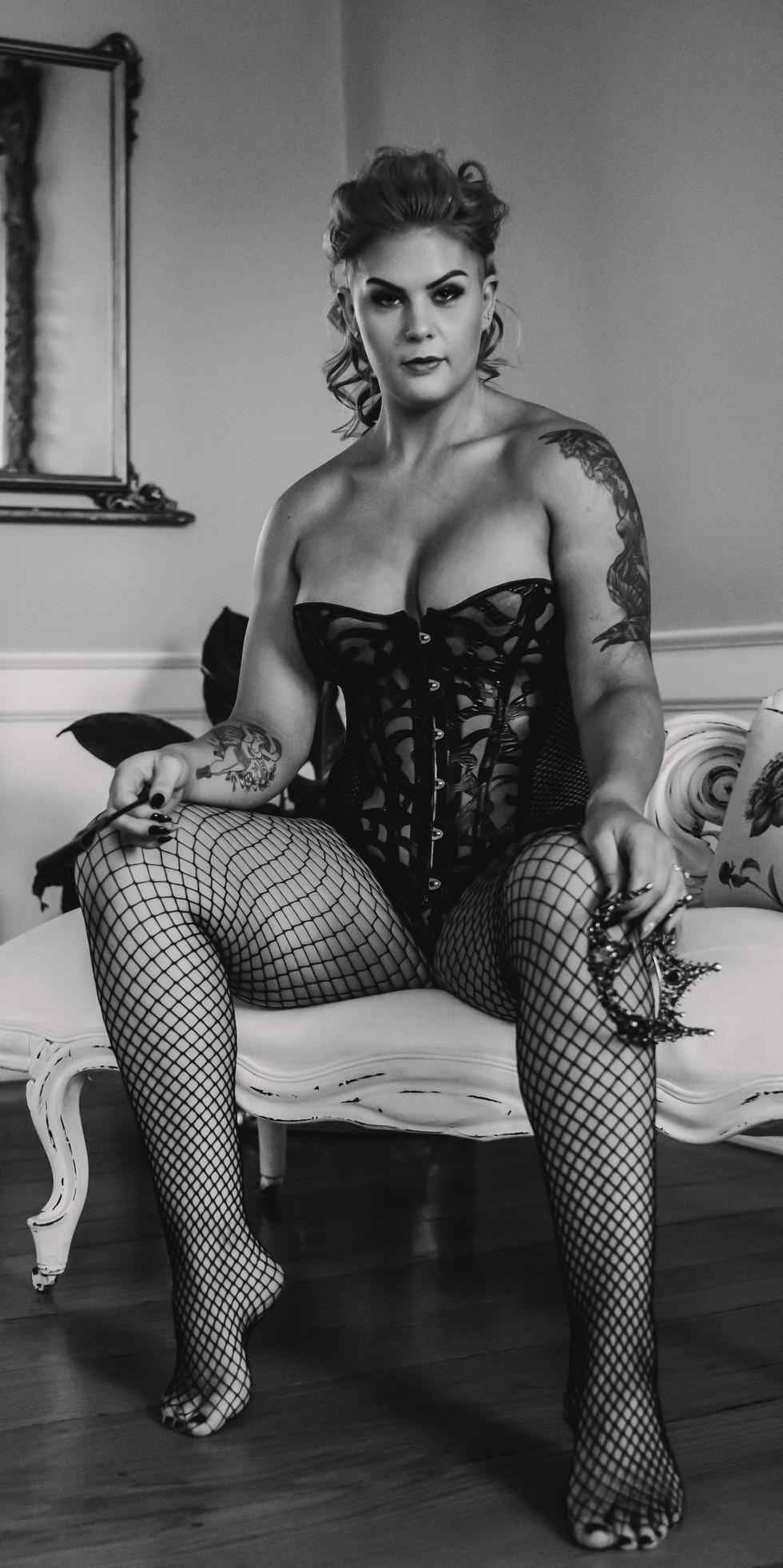 Laura (76).jpg