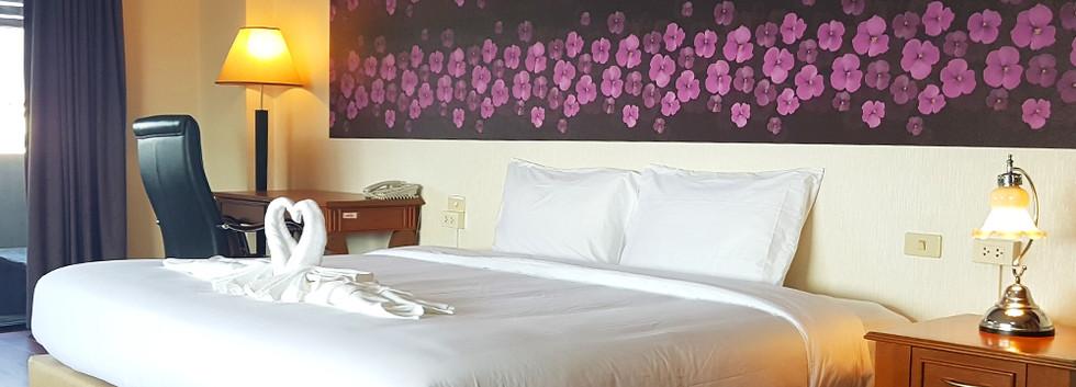 Photo - KU Home - Suite Room - 01.jpg