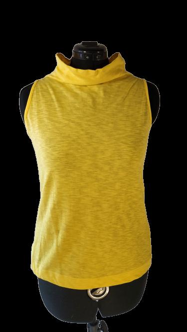 חולצה  צהובה