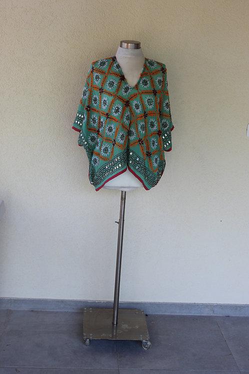 חולצת מותן ירוק מנטה ריקמת פרחים