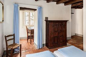 2.2.2. Zimmer Ermitage.jpg