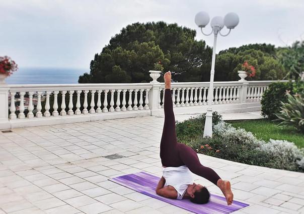 yoga villa virginia.jpg