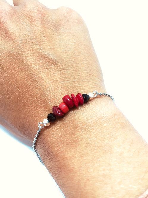 Bracelet minimal chips de racine de corail et acier inoxydable