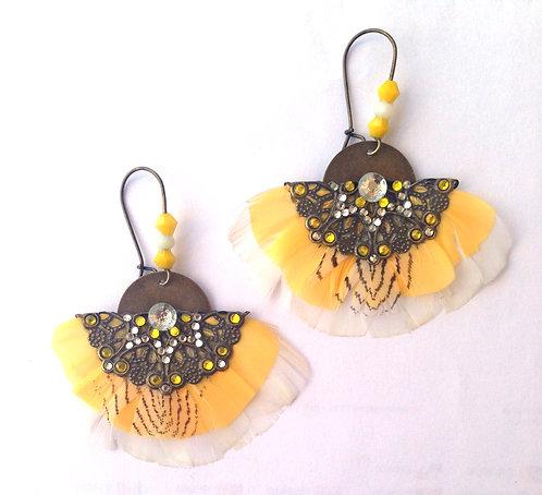 """Boucles d'oreilles ethnique plumes Butterfly """"White & sun"""""""
