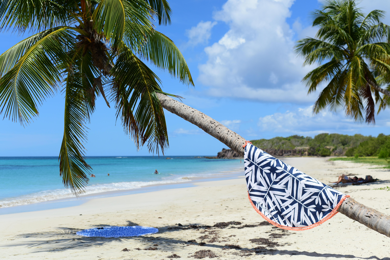 Comment Rouler Les Serviettes De Bain nouvelle collection de draps de plage – les antillaises