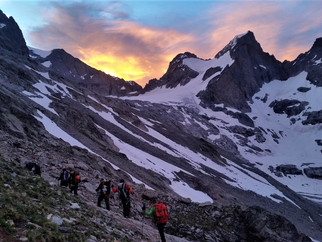 """Le tour de la Meije, une rando """"haute montagne"""" avec un guide"""