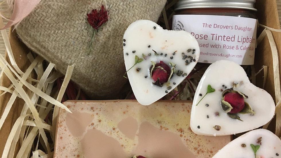 Love Ewe Gift Box