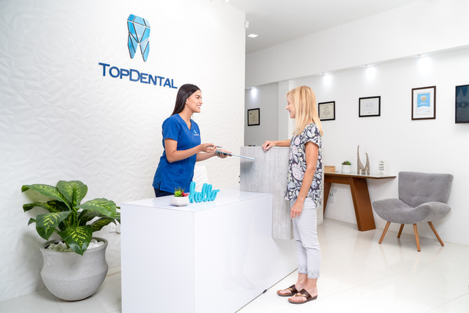 """I CHIPPED MY TOOTH IN ECUADOR"": Dental care in Manta, Ecuador"