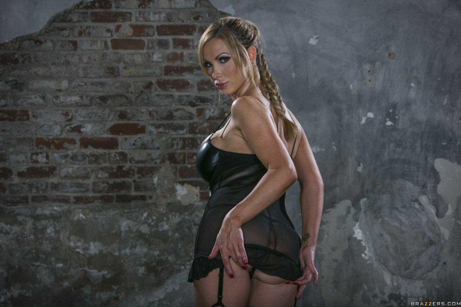 NikkiBenzNS (21).jpg