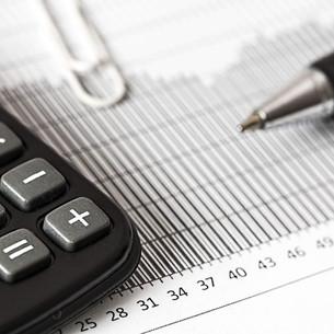 O síndico pode aumentar o valor da taxa de condomínio?