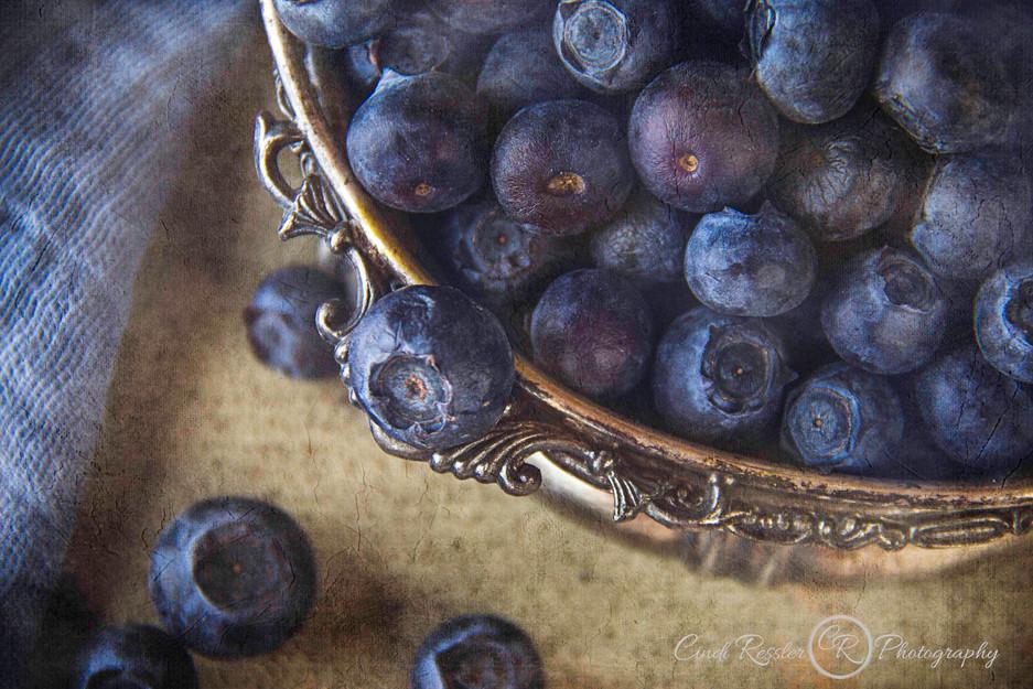 Tasty Bowl Of Blueberries