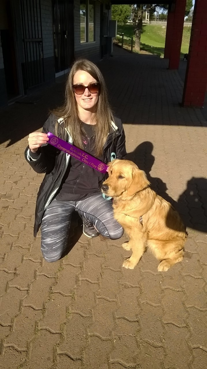 Kerryn and Marnie Golden retriever 122