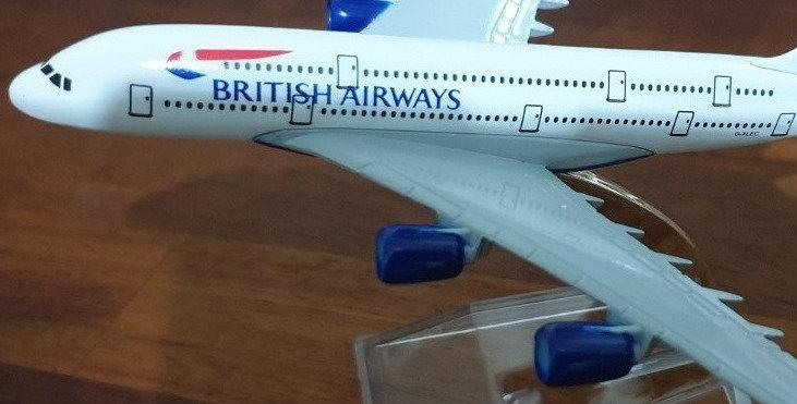 Die Cast Airbus A380 16cm Model