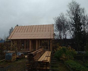 Дачный дом в пригороде Мурманска из бруса и доски