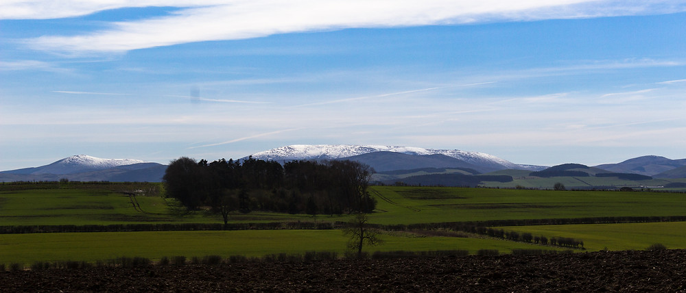 Snow on Cheviot - Late March 2017