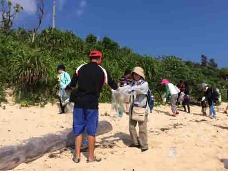 海岸漂着ゴミを考えるプログラムを実施しました