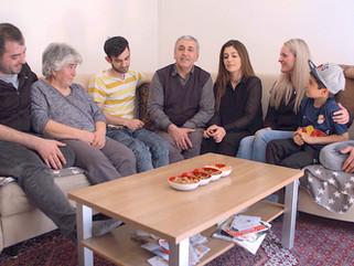 "23.10. - Salzburg - Globales Land: ""Familie Dönmez"""