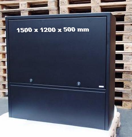 Fjernvarmeskab i et nyt design og udført i rustfrit stål