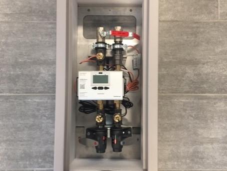 Nyt fjernvarmeskab med mulighed for udvendig målerinstallation.