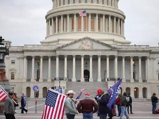 Captan audio que amenaza con estrellar un avión contra el Capitolio en EE.UU.