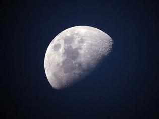 Estudio revela el precio que tendría una pequeña casa en la Luna
