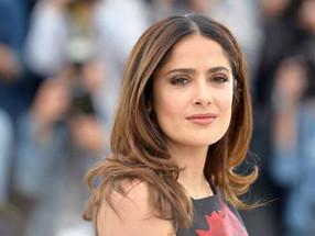 """""""Te casaste con él por dinero"""": Salma Hayek responde a quienes la señalan de interesada"""