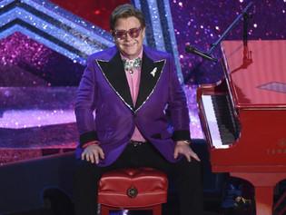 Elton John abre al público su fiesta benéfica del Oscar