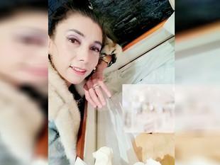 Viuda del papá de Gael García Bernal publica selfie con el cadáver del actor
