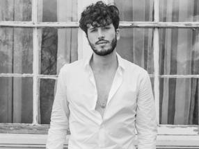 Sebastián Yatra reaparece y presenta Adiós