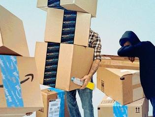 Frente a una gran carga laboral, los empleados de Amazon estarían obligados a orinar en botellas