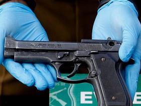 Una joven murió de un balazo por intentar tomarse una selfie mostrando una pistola