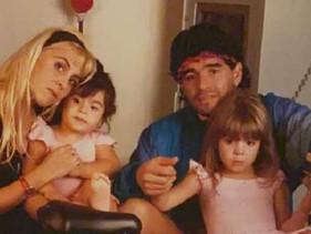 Los emotivos mensajes de las hijas de Maradona que hacían presagiar que algo no iba bien