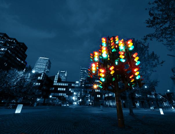 Traffic Light Tree Docklands London.jpg