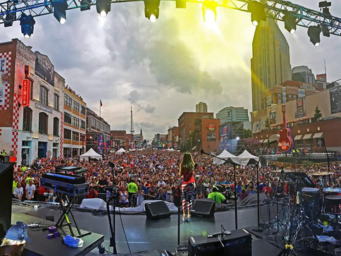 Annie Bosko: Performs in front of 150,000 at the Nashville 4th of July Celebration