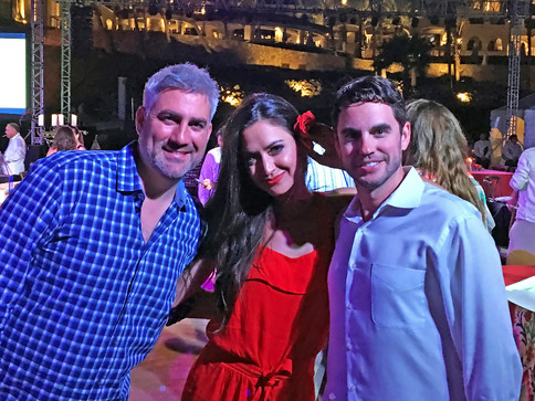 Annie Bosko and Taylor Hicks perform at the Hilton Los Cabos Grand Re-Opening