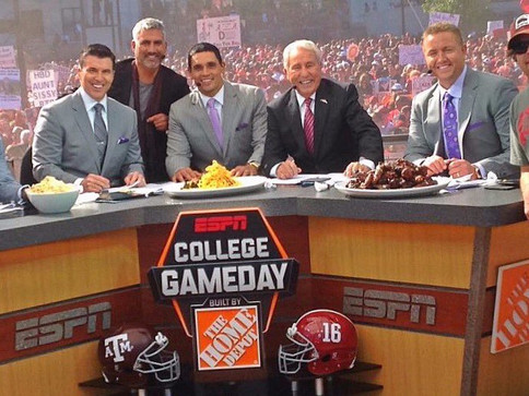 Taylor Hicks Makes Guest Appearance on ESPN College Game Day