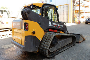 Volvo Lader Skid Steer
