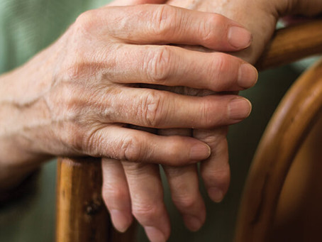 Is It Hand Arthritis?: How to Spot the First Signs & Ease Pain