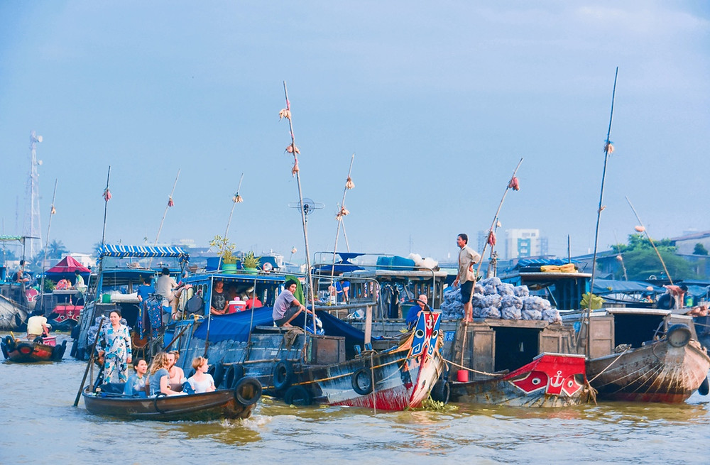 Floating market. Credit: Lê Thị Nguyệt Linh, Cần Thơ Department of Culture, Sports and Tourism