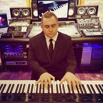 Matt DeAngelis Piano Pic1.jpg
