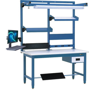Workbench With Uprights