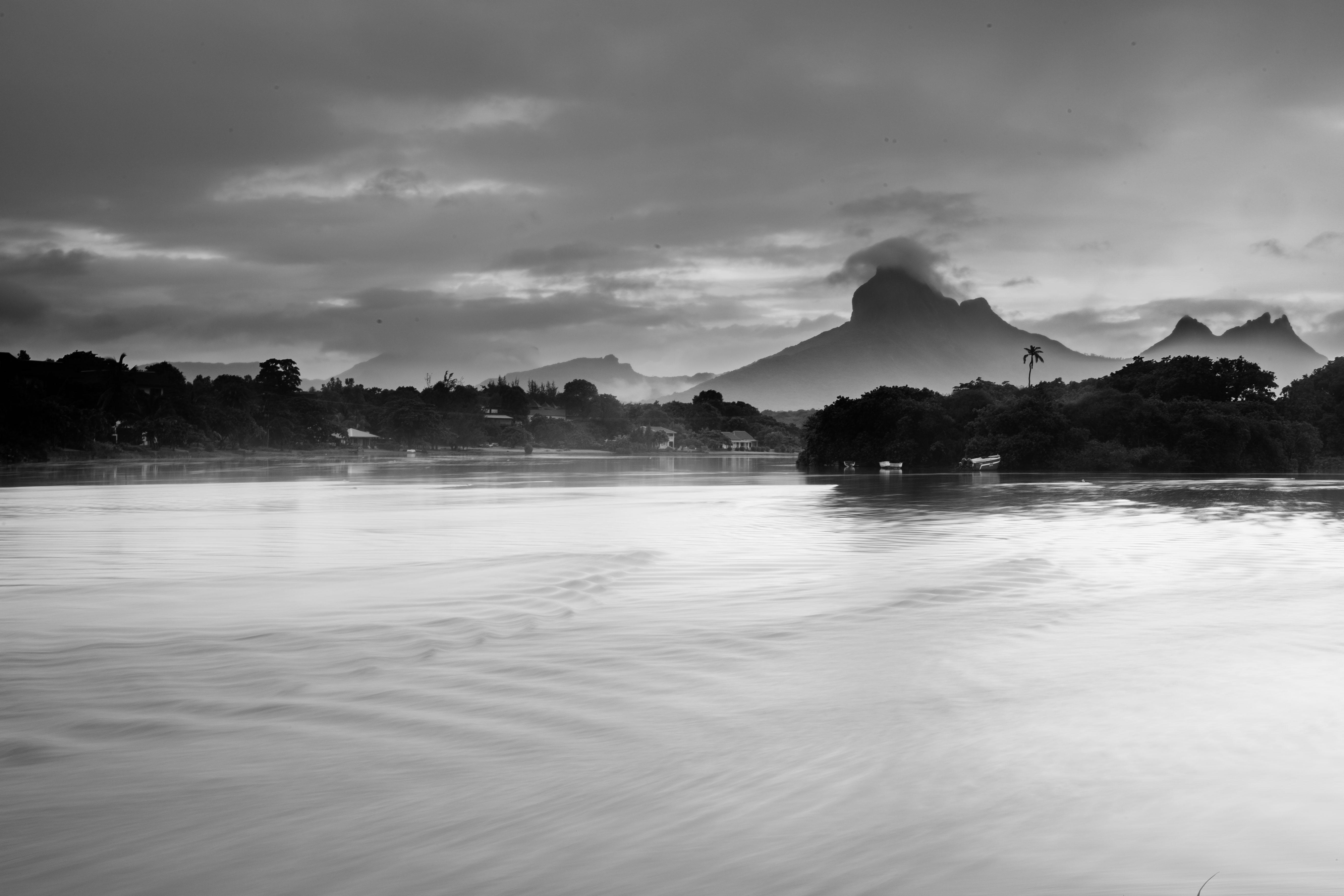 Tamarin river side