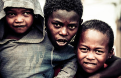 les potes-  Madagascar- vincentvibert.com